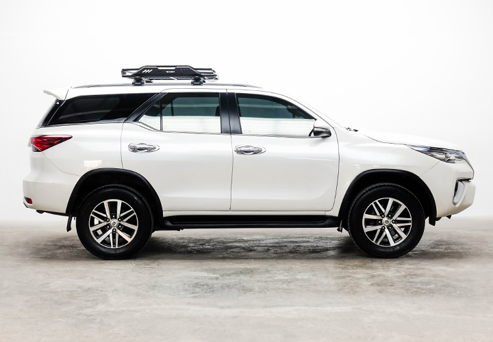 Steel Roof Racks for SUVs and Crossover Vehicle